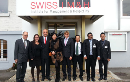 giang-vien-Swiss-IMH