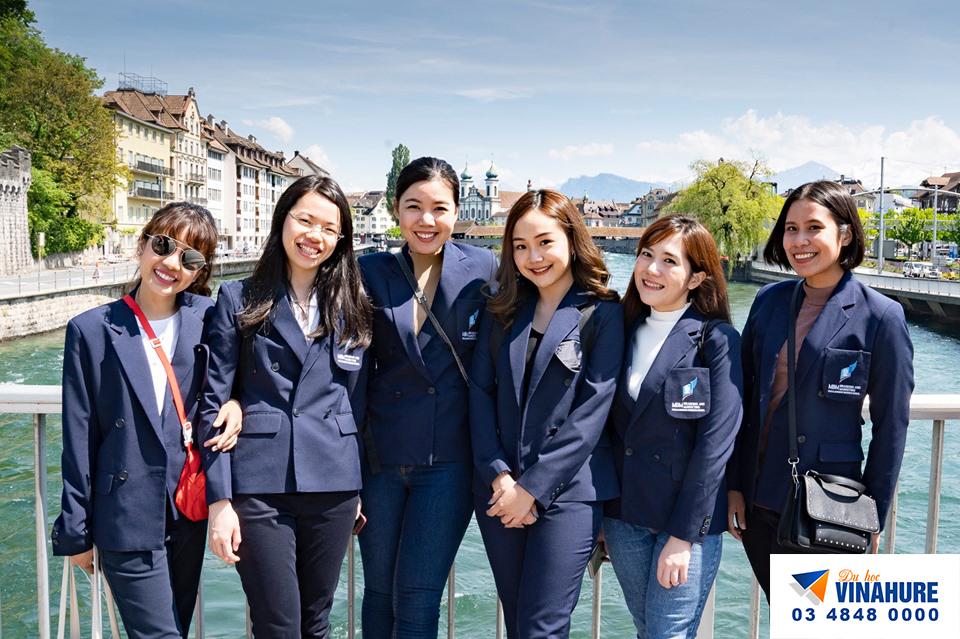Đại diện tuyển sinh du học Thụy Sĩ Vinahure